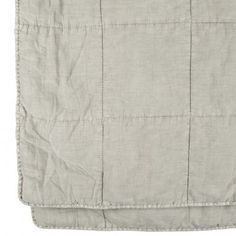 Olsson+&+Jensen+överkast+ljusgrå Textiles, Bed Throws, Cotton Bedding, White Shorts, Casual Shorts, Khaki Pants, Mini Skirts, Quilts, Grey