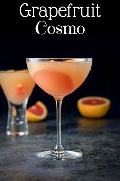 This ruby red grapefruit cosmo recipe is so delicious because the full bodied taste you get from the juice blends so nicely with premium ingredients. This refreshing and tasty cocktail will be a hit at your next get-together! Robust and delicious! Bar Drinks, Cocktail Drinks, Yummy Drinks, Alcoholic Drinks, Beverages, Cosmo Cocktail, Cosmo Drink, Cointreau Cocktails, Healthy Cocktails