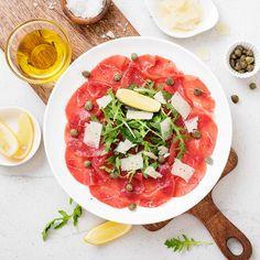 Caprese Salad, Bruschetta, Salsa, Ethnic Recipes, Ideas, Food, Meal, Salsa Music, Restaurant Salsa