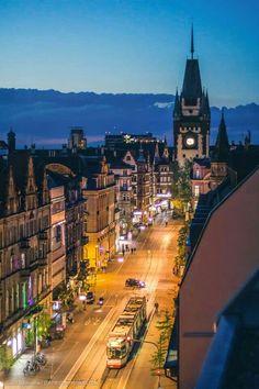 Freiburg i. Br. bei Nacht