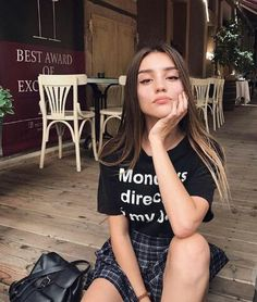 [New] The 10 Best Fashion Today (with Pictures) Girl Pictures, Girl Photos, Le Rosey, Tmblr Girl, Foto Casual, Instagram Pose, Selfie Poses, Insta Photo Ideas, Aesthetic Girl