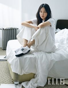 New fashion trends and outfits for teens and young women in spring and summer 2019 New Fashion Trends, Fashion 2017, Star Fashion, Kim Min Hee, Alexander Mcqueen, Gong Hyo Jin, Korean Celebrities, Korean Actresses, Korean Beauty