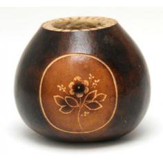 Calebasse simple et gravée fabriquée artisanalement en Argentine