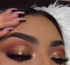 Imagen de glitter and makeup