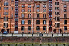 Znalezione obrazy dla zapytania hamburg port brick facade
