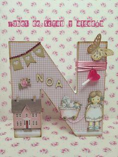 Inicial para Noa by Nubes de Scrap y Algodón Diy Letters, Letter A Crafts, Wood Letters, Diy Projects To Try, Projects For Kids, Crafts For Kids, Decoupage, Diy Cardboard, Scrapbook