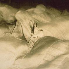 Infinite light: the dance of Loie Fuller