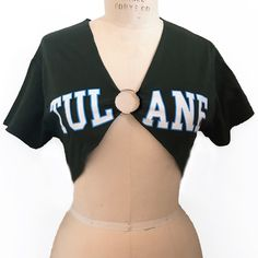 Our ring tee is a brand new style, a customer favorite, and a must have for Tulane girls! Look effortlessly trendy, and perfectly chic in our ring tee! Diy Clothes Refashion, Diy Clothing, Custom Clothes, Diy Fashion, Ideias Fashion, Fashion Outfits, Tailgate Outfit, Ripped Shirts, College Shirts