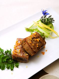 【ELLE a table】まぐろステーキ レモンガーリックソースレシピ|エル・オンライン