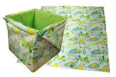 Free Pattern! Play Date Toy Bin - Place this mat flat for play, then transform it into a toy bin with a few fast folds!