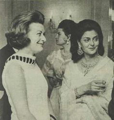 Rajmata Sahiba Gayatri Devi of Jaipur seen with Lady Pamela Hicks at a party in London in 1970 with some beautiful jewelry. The 'socialite' is in fact lady Pamela Hicks younger daughter of Lord Mountbatten