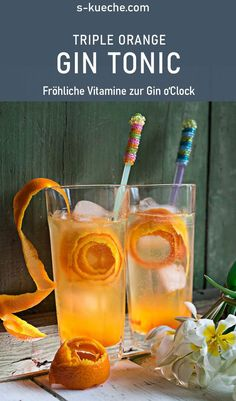 Triple Orange Gin & Tonic – Fruchtiger Cocktail zur Gin o'Clock Triple Orange Gin & Tonic – Fruity cocktail with orange jam and fresh orange juice. Vitamins for Gin o'Clock, or how fruity Gin can be Cocktail Bitters, Sour Cocktail, Cocktail Drinks, Alcoholic Drinks, Orange Smoothie, Acai Smoothie, Orange Juice, Smoothie Bowl, Triple Sec