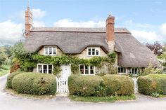 These delightful thatched cottages are all as spick-and-span on the inside as they are devastatingly charming from the outside.