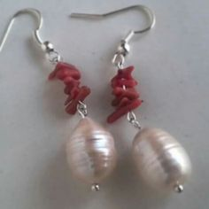 #Frillosamente Orecchini perla e corallo. #ioindossolasicilia Seguici su facebok su Frillosamente