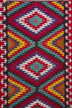 Traditional rug in Neamt County, Romania. Traditional Rugs, Traditional Outfits, Visit Romania, Textiles, World Of Color, Textures Patterns, Rugs On Carpet, Bohemian Rug, Folk