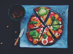 vegan pizza, gluten free pizza, pizza sin gluten, pizza vegana, food photography, food styling, tomatoes season