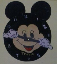 Mickey mouse paper plate clock