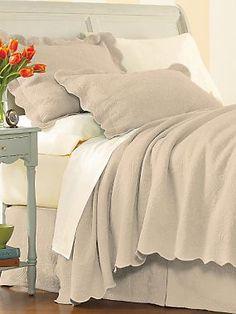 Milano Matelasse Bedspread, Coverlet, Shams & Pillows | LinenSource