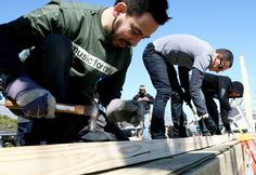 Linkin Park helps to rebuild homes affected by hurricane Katrina
