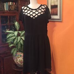 Xhilaration black elegant dress The new only not tags paded junior Xhilaration Dresses Midi
