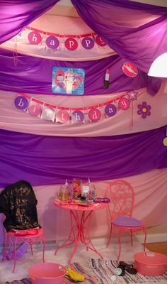 A spa themed birthday party! Perfect for little girls!