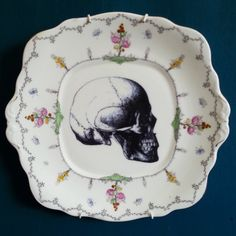 A very pretty up-cycled cake plate measuring 25cm by 23.5cmPlease be aware vintage items will have imperfections due to age.