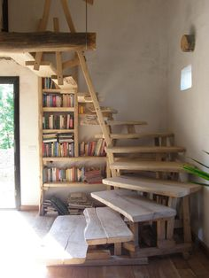 Amazing stairs custom made especially for us! Wworks Scala interna STAIRS - Wworks Amazing stairs custom made especially for us! Loft Stairs, House Stairs, Wooden Stairs, Staircase Design, Staircase Ideas, Cabin Homes, Ideal Home, Small Spaces, Building A House