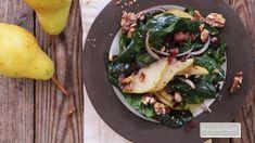 Spinach Salad Recipes, Bacon Salad, Paleo Bacon, Pear Salad, Winter Food, Healthy Eating, Healthy Food, Dinner Recipes, Salads