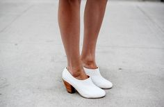 new dieppas at MNZ  lady boot, white lizard