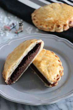 The Cook Time: Mini galettes des rois au chocolat Dessert Express, Mini, Sandwiches, Cooking, Desserts, Blog, Flat Cakes, Kitchen, Postres