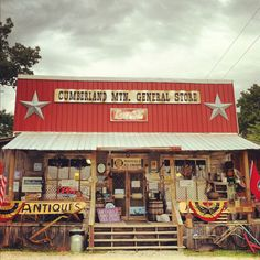 ~Cumberland Mountain General Store, Tennessee, USA~