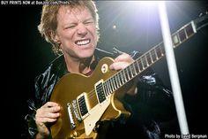 Photo © 2013 David Bergman / www.BonJovi.com/prints -- Bon Jovi performs at PNC Arena in Raleigh, NC on November 6, 2013.