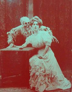 Old / Photograph / Skeleton