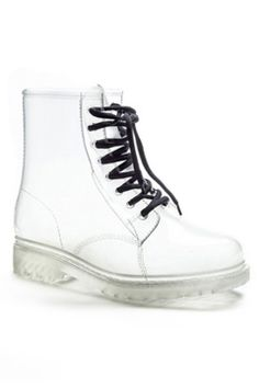 Sue Combat Jelly Rain Boots in clear by Henry Ferrera $119 - $55 @Beyond the Rack. Plastic Upper, Rubber Sole.