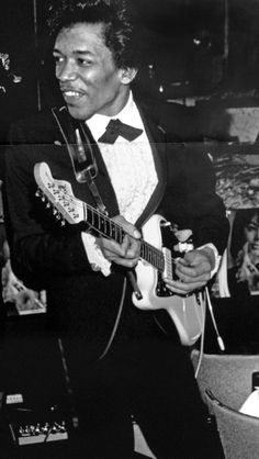 """Jimi Hendrix, playing as a sideman for Wilson Pickett, 1966. Photo by William """"Pops"""" Randolph."""