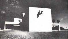 Vista lateral, Casa Salcedo en el Lago de Chapala, calle Hidalgo, Riberas del Pilar, Ajijic, Jalisco, México 1971   Arq. Fernado González Gortázar -  Side view of Casa Salcedo on Lake Chapala, called Hidalgo, Ribera del Pilar, Ajijic, Jalisco, Mexico 1971