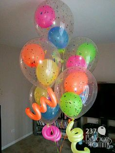 Quinceanera Party Planning – 5 Secrets For Having The Best Mexican Birthday Party 13th Birthday Parties, Birthday Party Themes, Balloons For Birthday, 16th Birthday, Neon Party Themes, Birthday Party For Teens, Birthday Ideas, Balloon Decorations, Birthday Decorations