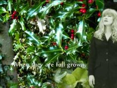 Behind the song: The Holly and the Ivy is a traditional British Christmas carol. Although the song itself has very old roots, the lyrics and music we know to. Christmas Medley, Christmas Tunes, Christmas Poems, Little Christmas, Christmas Carol, Songs To Sing, Music Songs, Youtube Happy, Happy Winter Solstice