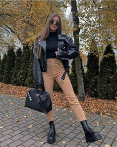 Winter Fashion Outfits, Fall Winter Outfits, Look Fashion, Spring Outfits, Summer Boots Outfit, Fashion Drug, Fashion Fashion, Cute Casual Outfits, Stylish Outfits