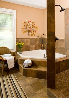 The bathroom in the Hot Springs King Suite is spacious and open, giving guests a spa-like experience. #lookoutpoint