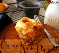 Caramel Apple Popovers-perfect for fall snacks! Köstliche Desserts, Delicious Desserts, Dessert Recipes, Yummy Food, Apple Desserts, Apple Recipes, Fall Recipes, Sweet Recipes, Yummy Recipes