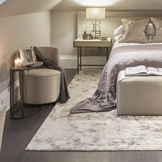 Taupe, purple and bronze colour palette in this guest bedroom – Toptrendpin Bronze Bedroom, Taupe Bedroom, White Bedroom, Master Bedroom, Bedroom Color Schemes, Bedroom Colors, Bedroom Ideas, Blue Yellow Kitchens, Taupe Sofa