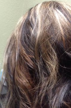 Black, ashy brown and blonde... Great for depth, with those with light and cool skin tones or fine hair.