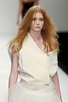 John Rocha SS 2011 asymmetrical off-white dress  #minimalist #fashion #style