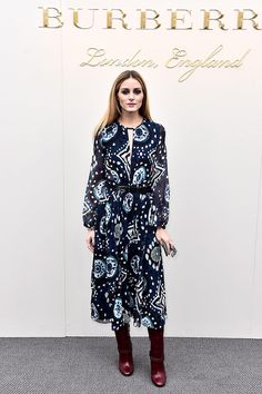 Olivia Palermo Photos - Olivia Palermo wearing Burberry at the Burberry Womenswear February 2016 Show at Kensington Gardens on February 2016 in London, England. - Burberry Womenswear February 2016 Show - Arrivals Estilo Olivia Palermo, Olivia Palermo Outfit, Olivia Palermo Lookbook, Olivia Palermo Style, Vogue Fashion Week, Fashion Moda, Fashion Weeks, Style Fashion, Cristian Dior