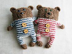 Knitting Patterns - PDF Knitting Pattern Teddy Bear - a unique product by garn -. Knitting For Kids, Loom Knitting, Knitting Projects, Baby Knitting, Knitting Patterns, Bear Patterns, Doll Patterns, Crochet Teddy, Crochet Bear