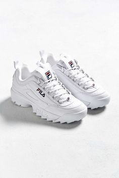 white fila sneakers #sneakerhead #sneakers #fila #shoelover #shoesaddict