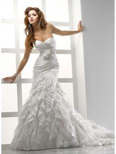 Sweetheart organza wedding dress Sloan
