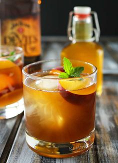 Peach Bourbon Arnold Palmer, a delightful twist on a classic refreshment for summer that's so good. Take an Arnold Palmer