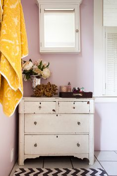 Sneak Peek: Best of Purple. Soft lavender in Molly and Robert Josiah Bingaman's home. #sneakpeek